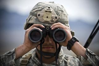 feature_air_force_senior_airman_binoculars