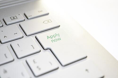 feature_apply_now_button