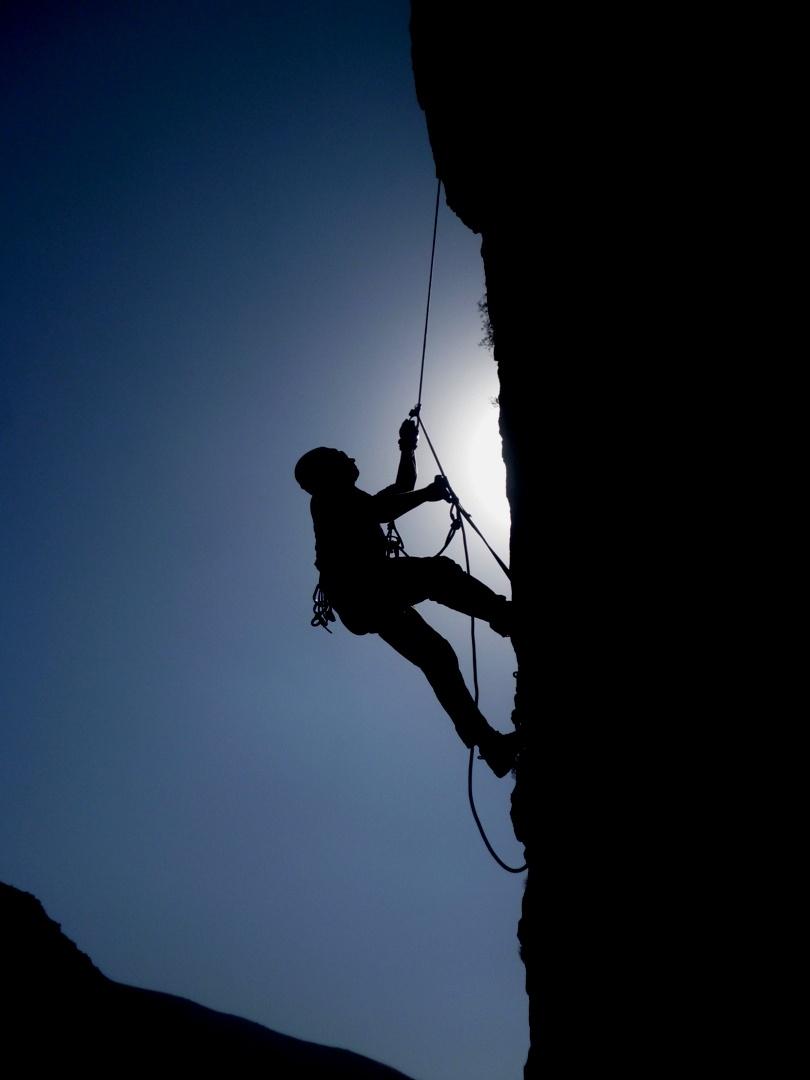 feature_climb
