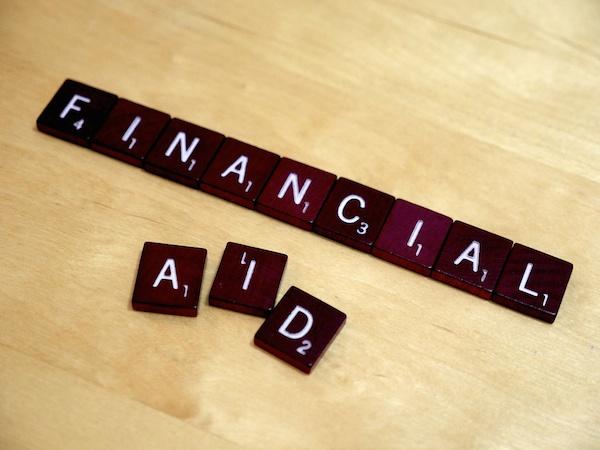 feature_financialaid