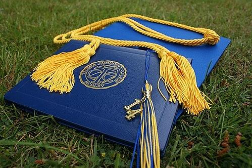 feature_graduationcap-cc0