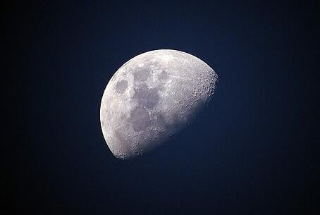 feature_moon