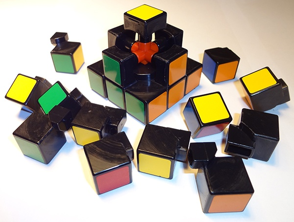 feature_rubikscube.jpg