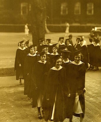 feature_smithcollegegraduation1917