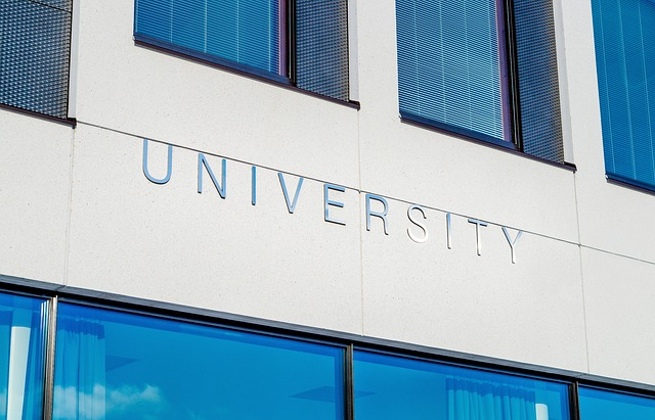 feature_university-1