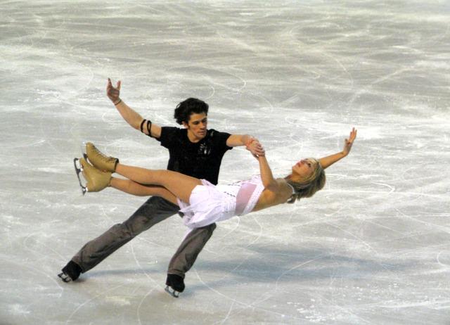 ice-skating-583949_640.jpg