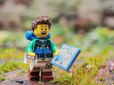 lego-explorer-man-explore