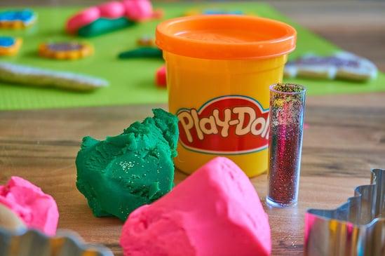 play-doh-3308885_1920