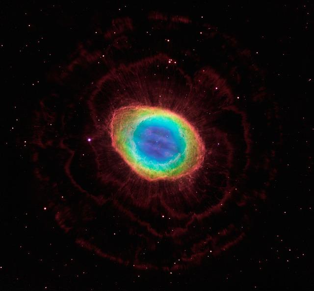 ring-nebula-1995076_640.jpg