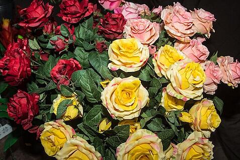 11 Rose Color Meanings To Help You Pick The Perfect Bouquet