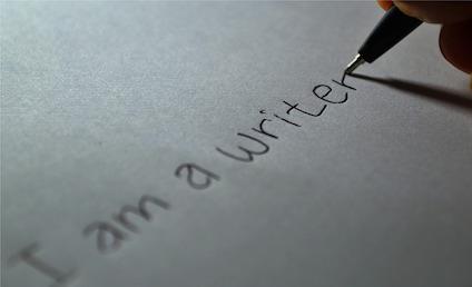 writer-605764_640.jpg