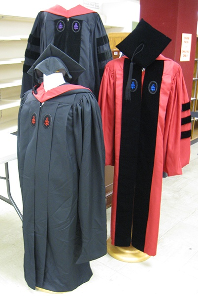 body_fancygraduationgowns.jpg