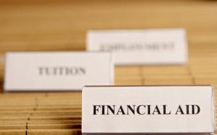 feature_financialaid-1