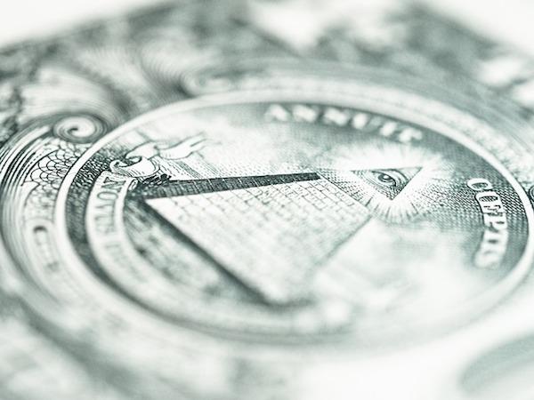 feature_moneycloseup.jpg